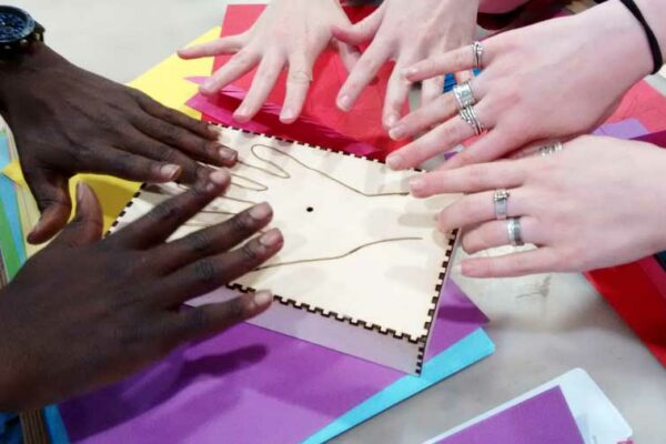 many-hands
